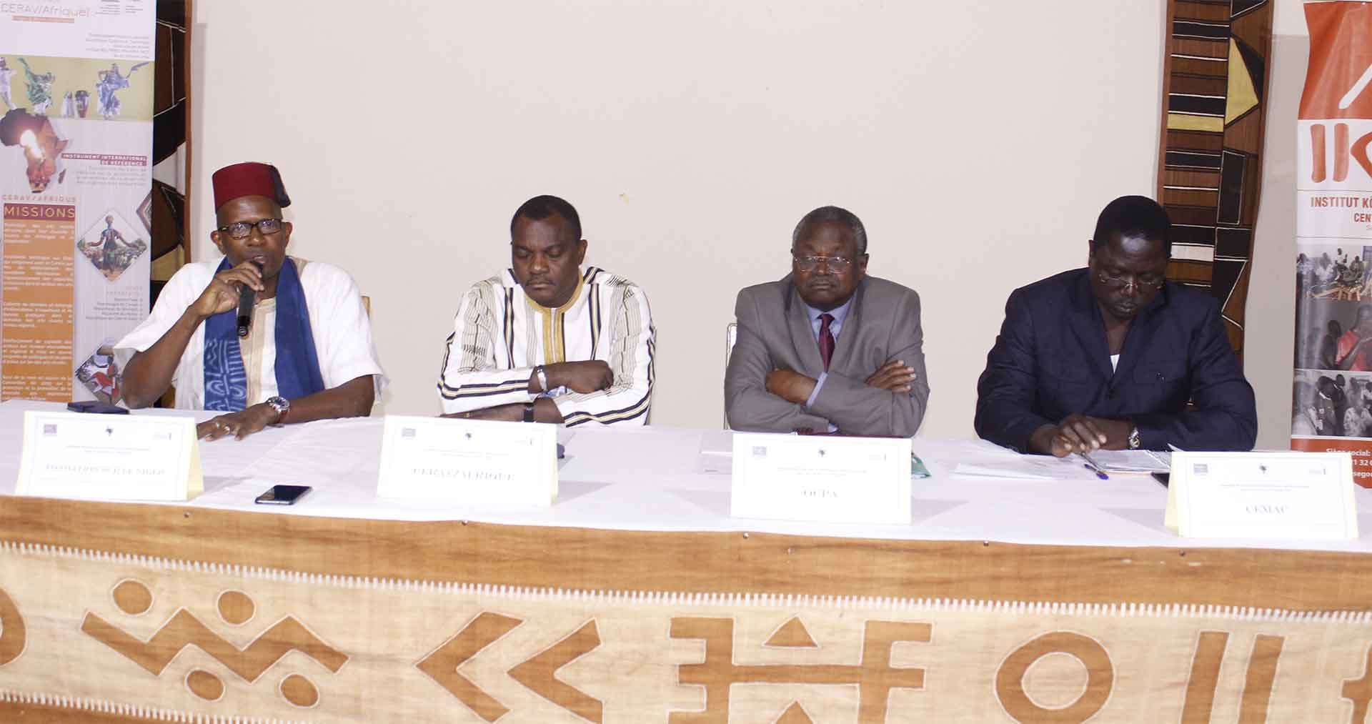 Le Festival sur le Niger accueille le premier séminaire régional portant sur le statut de l'artiste Africain