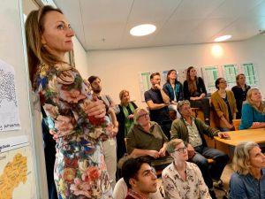 la présentation du modèle de l'entrepreneuriat Maaya à la Fondation DOEN