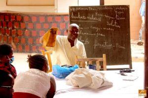 L'atelier d'art avec les scolaires