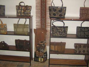 Le centre Soroble, une entreprise artisanale de Ségou qui produit et promeut le bogolan, l'une des identités culturelles de la ville de Ségou.